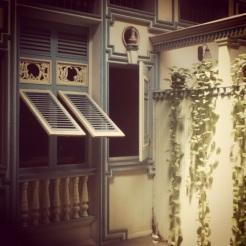 En las casas del Guayaquil antiguo se acostumbraba a contruir patios internos. Esto es una muestra de la casa Lavayen Paredes, construida en 1899.
