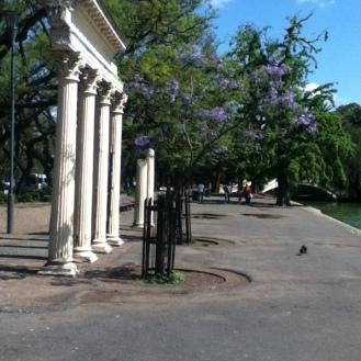 Caminos al rededor del parque Independencia
