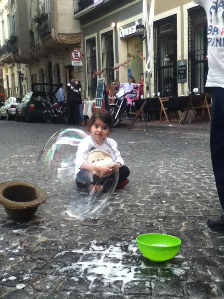 Amara y la burbuja