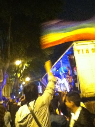 Por otro lado, el desfile del Orgullo Gay también se dió por esos días.