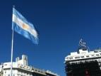 La bandera argentina.